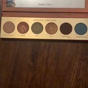 Gently used eyeshadow palette